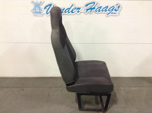 INTERNATIONAL WORKSTAR Seat, Front