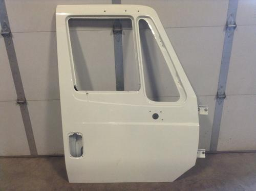 INTERNATIONAL 7400 Door Assembly, Front