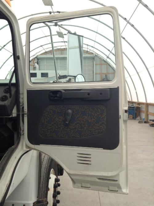 MACK CS MIDLINER Door Assembly, Front