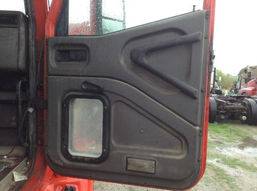 INTERNATIONAL 9100 Door Assembly, Front