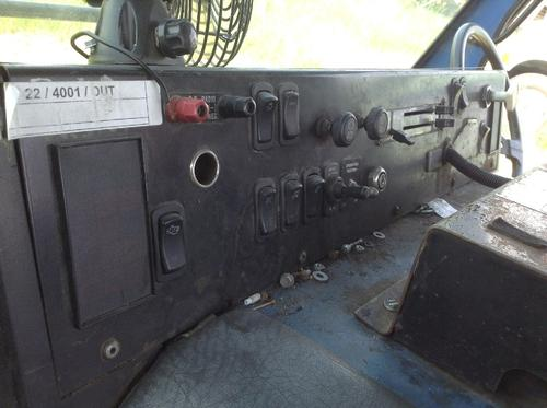 MACK LE613 Dash Assembly