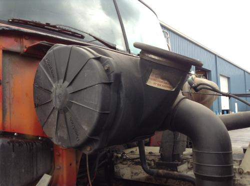 VOLVO WCA Air Cleaner