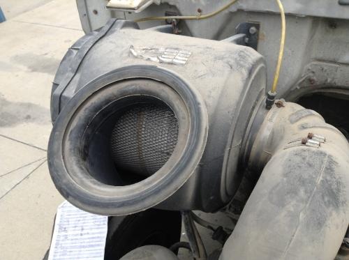 VOLVO WG Air Cleaner