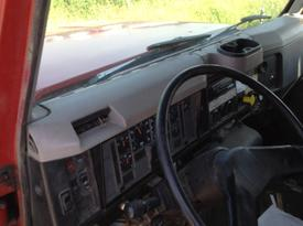 INTERNATIONAL S2600 Dash Assembly