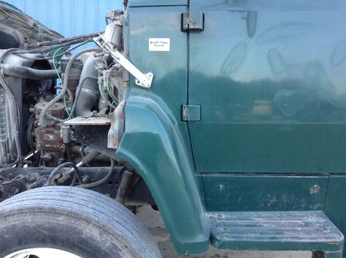 FORD L8000 Cowl