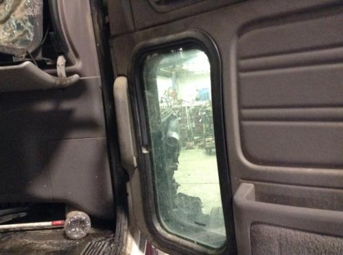 PETERBILT 386 Door Glass, Front