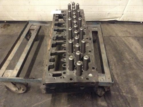 CUMMINS L10 Cylinder Head