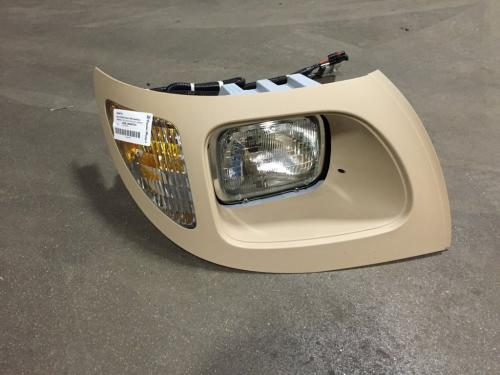 INTERNATIONAL 7600 Headlamp Assembly
