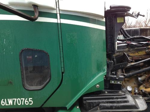 FREIGHTLINER COLUMBIA 112 Cowl