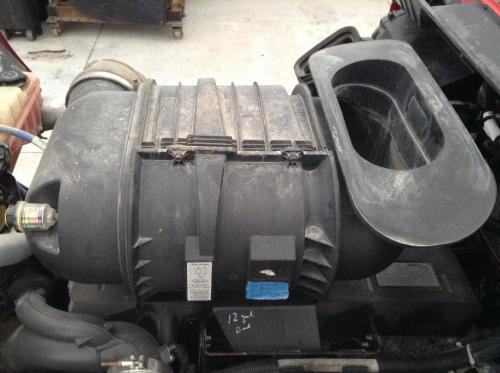 KENWORTH T660 Air Cleaner