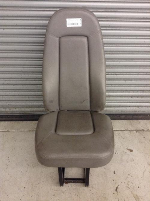 FREIGHTLINER COLUMBIA 112 Seat, Front