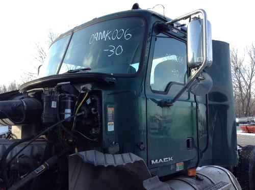 MACK CX613 Cab