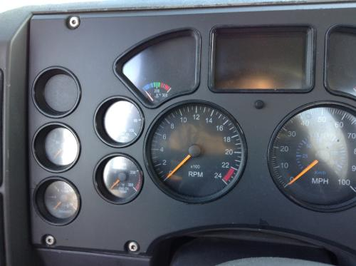 MACK CX613 Instrument Cluster