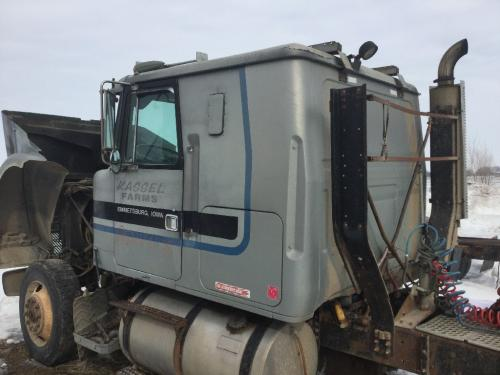VOLVO WIL Cab