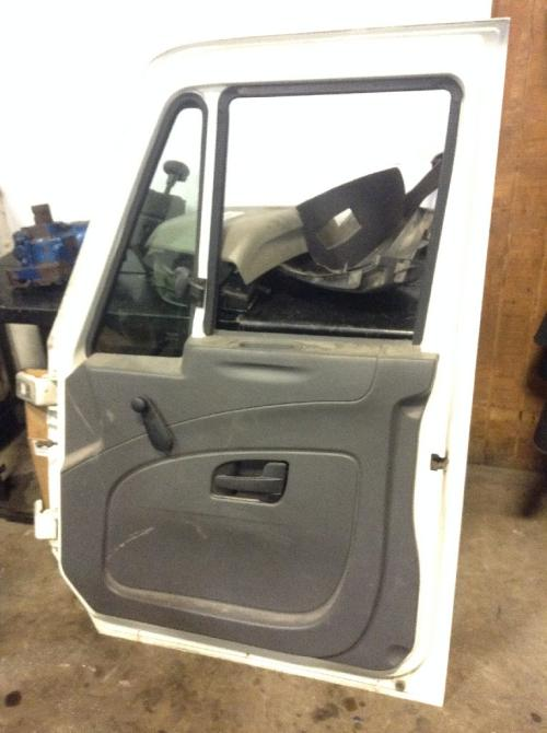 INTERNATIONAL DURASTAR (4400) Door Assembly, Front