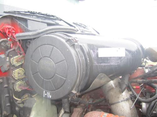 INTERNATIONAL 9200I Air Cleaner