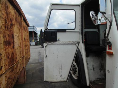 MACK LE613 Door Assembly, Front