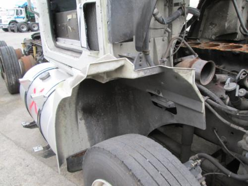 INTERNATIONAL 9200 Fender Extension