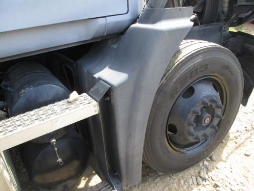 MACK CXN612 Fender Extension
