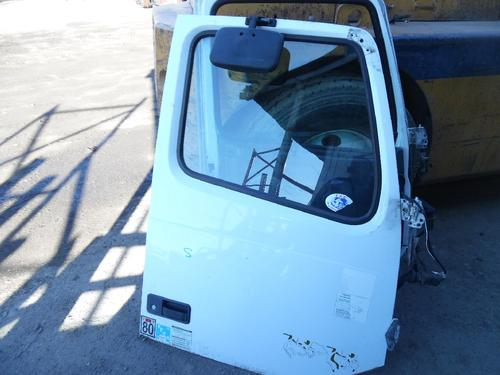 VOLVO VNL Door Assembly, Front