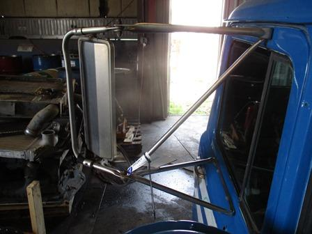 MACK RD688 Mirror (Side View)