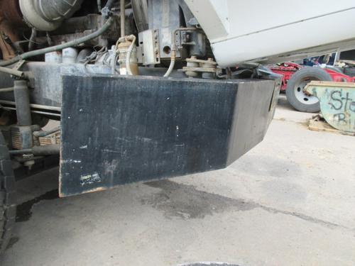 VOLVO WG Bumper Assembly, Front
