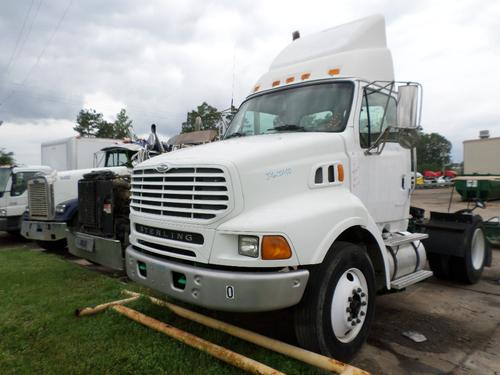 STERLING L8500 Cab