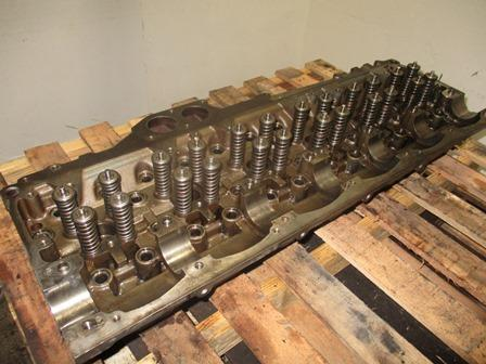 DETROIT 60 SERIES-12.7 DDC5 Cylinder Head