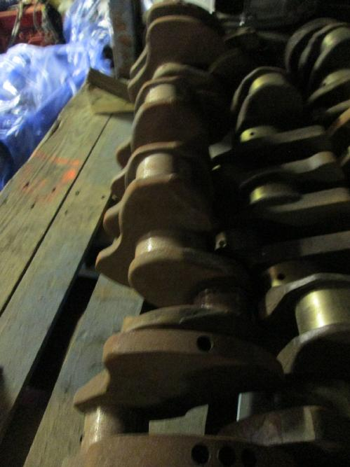 MACK 675 Crankshaft