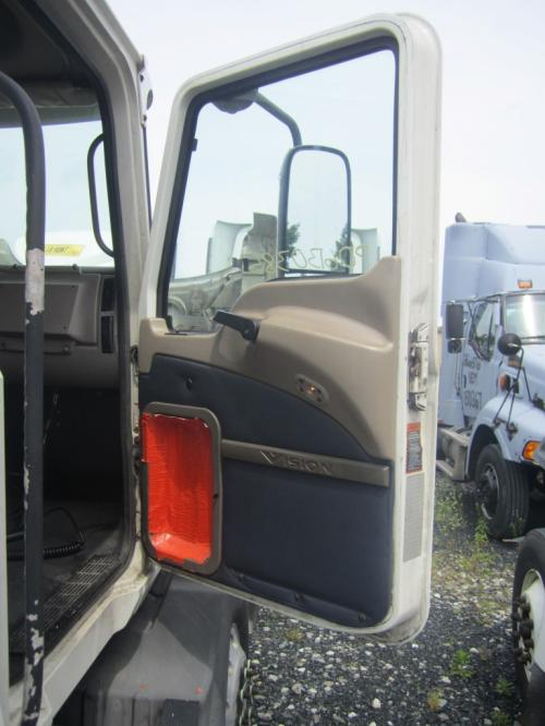 MACK CXN613 Door Assembly, Front