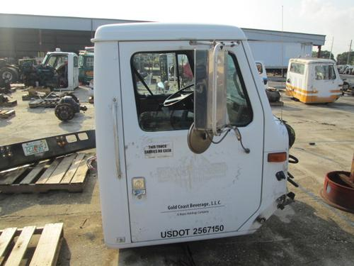 INTERNATIONAL F8200 Mirror (Side View)