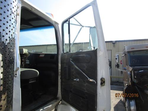FORD LA9000 Door Assembly, Front
