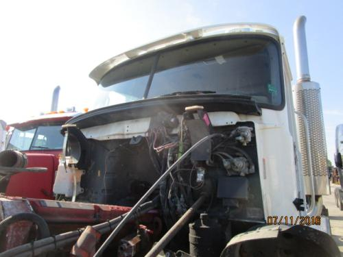 MACK CL733 Cab