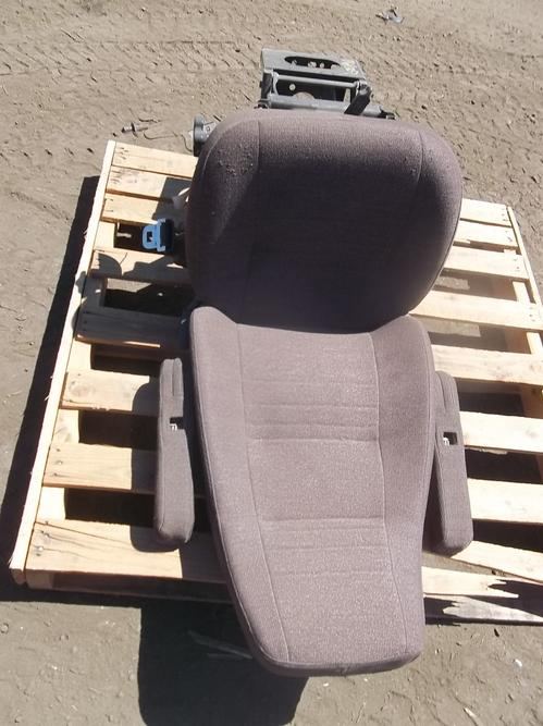 INTERNATIONAL F9370 Seat, Front