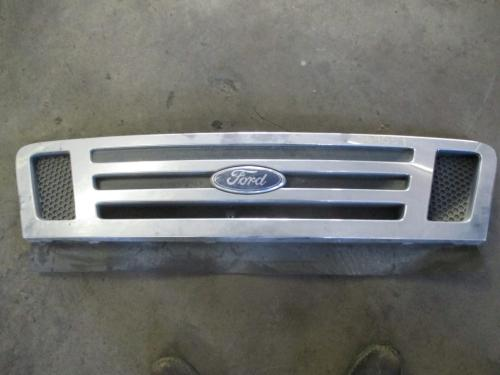 FORD LCF450 Grille
