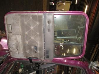 INTERNATIONAL 9300 Door Assembly, Front