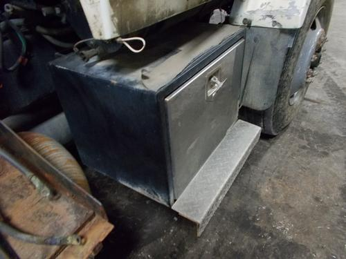FORD A9513 Tool Box