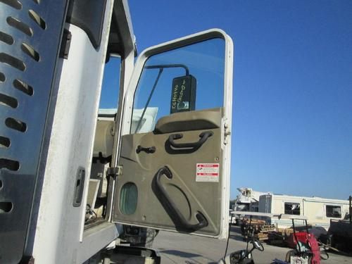 OSHKOSH F SERIES Door Assembly, Front
