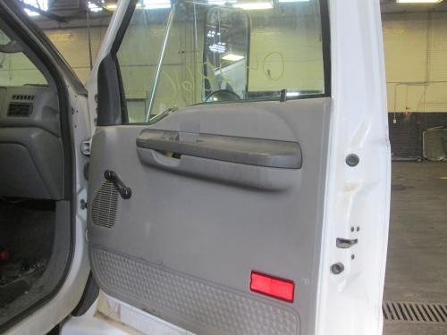 FORD F750SD (SUPER DUTY) Door Assembly, Front