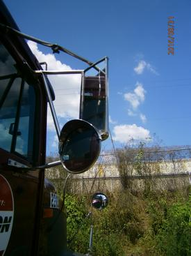 INTERNATIONAL 9400 Mirror (Side View)
