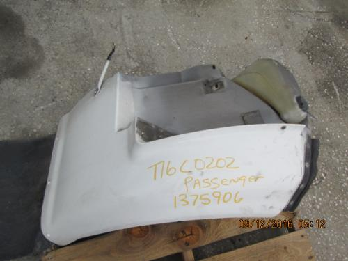 INTERNATIONAL 7100 Fender Extension