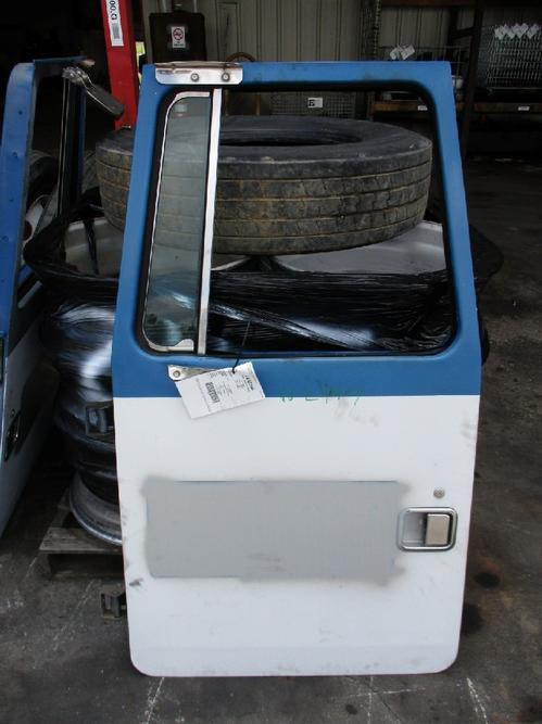 VOLVO WG Door Assembly, Front