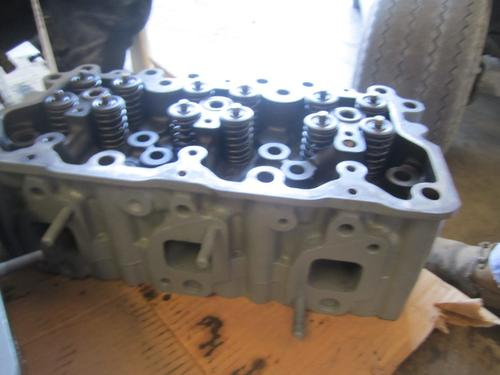 MACK AC  Cylinder Head