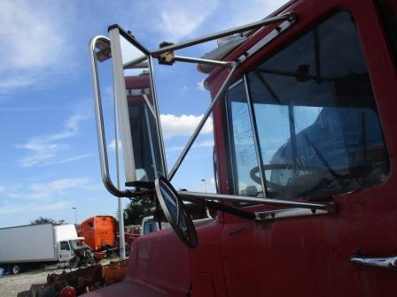 MACK R688 Mirror (Side View)