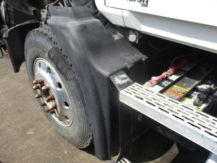 MACK CXN613 Fender Extension