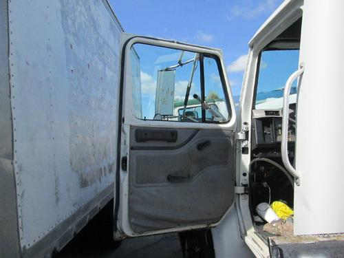 INTERNATIONAL 4700LPX Door Assembly, Front