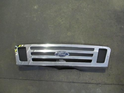 FORD LCF550 Grille