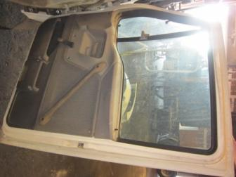 FORD LT9513 Door Assembly, Front