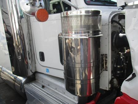 PETERBILT 389 Air Cleaner