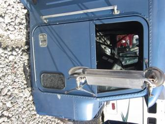FREIGHTLINER FLD120 Door Assembly, Front